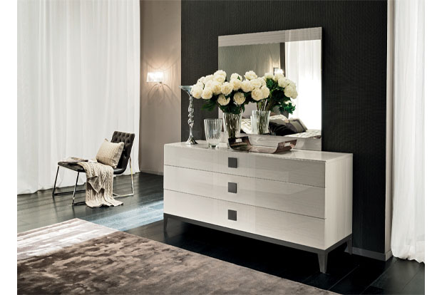 KOTO High Gloss Dresser