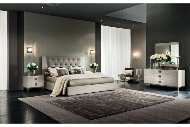 Mont Blanc High Gloss Bed